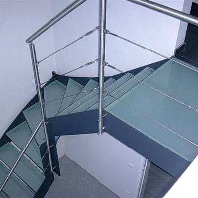 ITM bvba  - Trappen - Trappen met een kwart